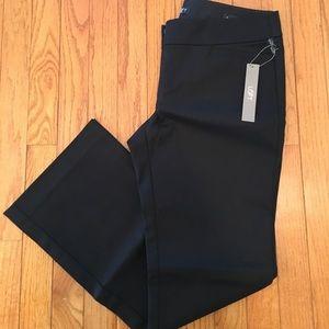 Loft NWT Marissa Bootcut Pants - 6P - Black
